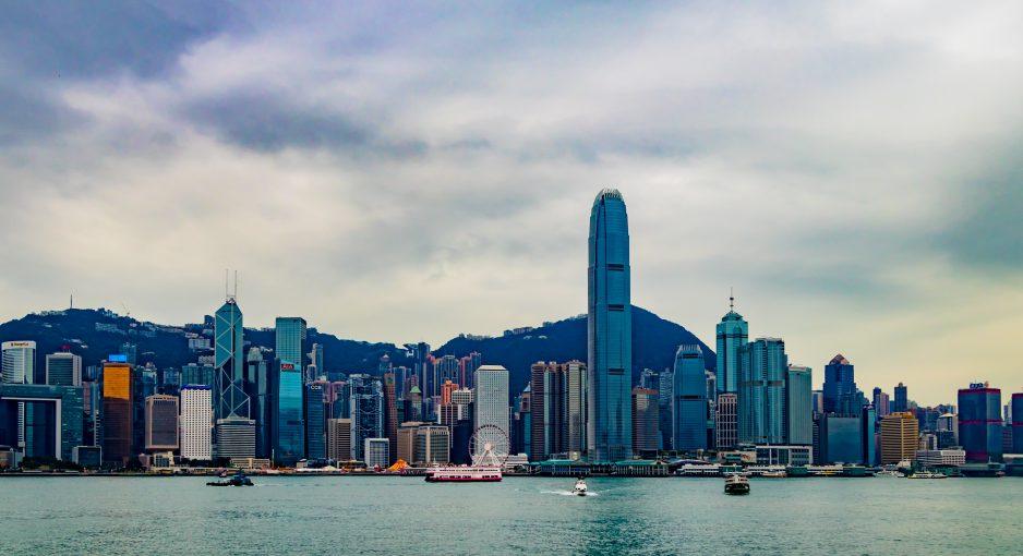 Hong Kong : gouvernement aveuglé et volonté de retour à la normale pour les habitants