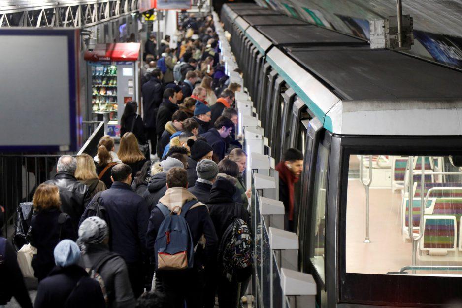 Les problèmes de transport se poursuivent en France avec une grève record