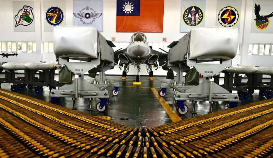 La Chine menace de représailles après les nouvelles ventes d'armes américaines à Taïwan